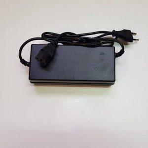 Cargador de Batería 60V-3Ah Caigiees